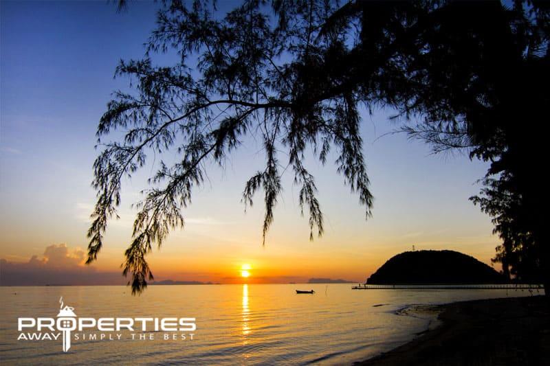 West Coast Beaches-Koh Samui Bang makham Beach