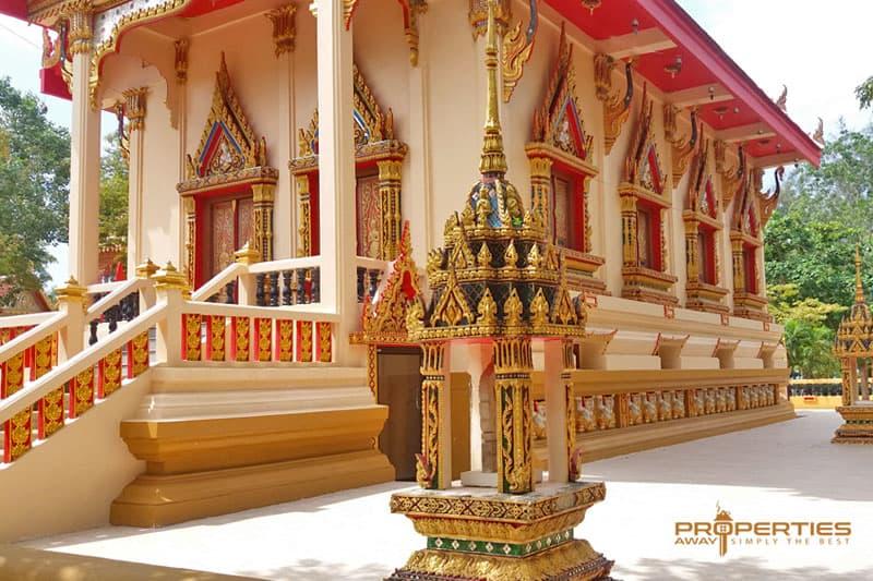 Properties Away Koh Samui Temples Wat Na Phra Lan